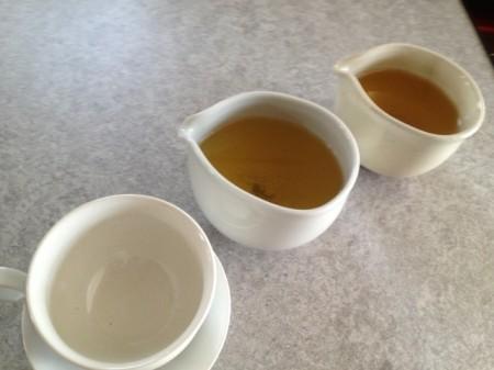 緑茶、準備済み。